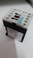 Ela Eletro Araguari CONTATOR SIRIUS 3RH11 22-1AK20 110V 2NA+2NF >7P CONTATOR SIEMENS