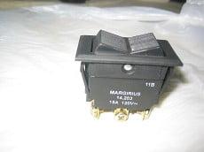 Ela Eletro Araguari INT.14203 A2FB2FP1Q BIP.15A(1988) >4C INTERRUPTOR MAR GIRIUS
